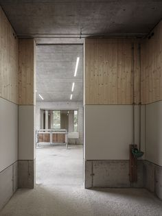 Image 9 of 20 from gallery of Griss Equine Veterinary Practice / Marte. Photograph by Marte Marte Architects Architecture Office, Architecture Details, Treatment Rooms, Wall Treatments, Architectural Section, Concrete Wood, Common Area, Interior Walls, Modern Interior Design