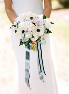 Wedding Bouquets : Preppy & Patriotic Wedding by Jamie Clayton and Fete Nashville 9 - Wedding Lande Spring Wedding Bouquets, Flower Bouquet Wedding, Bridal Bouquets, Vintage Bridal Bouquet, Enchanted Florist, Striped Wedding, Engagement Couple, Wedding Attire, Marie