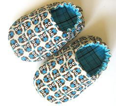 Reversible Baby Shoes, Owls by weepereas