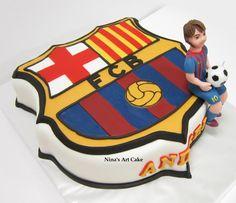Tort FC Barcelona cakepins.com Birthday Cake For Brother, Soccer Birthday Cakes, Happy 15th Birthday, Soccer Cake, Birthday Themes For Boys, Football Birthday, 10th Birthday Parties, Dad Birthday, Pastel Del Barcelona