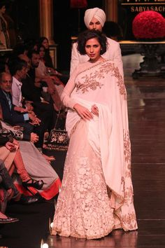 Sabyasachi's royal collection ends LFW 2013