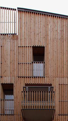 Paris Housing Blocks By Tectône Architectes Are Encased By Timber Louvres - Decor10