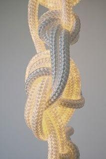 De Rope Lamp van Christiaan Haas, mooie combinatie van LED en zacht touw