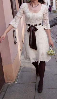 ELEGANTE DISEÑO de vestido hecho con ganchillo