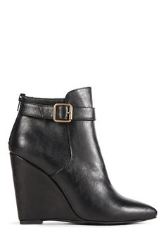 http://www.justfab.com/index.cfm?action=shop.viewproduct