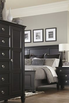 B671 58 | Signature By Ashley Greensburg King Panel Bed Black | Big Sandy  Superstores