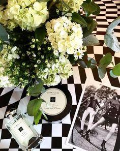 Jo Malone desembarca este mês no Brasil, uma nova fragrância floral, fresh e sofisticada, a Basil & Neroli, em formato de colônia, sabonete para o banho, body cream e vela.