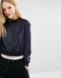Bild 1 von Calvin Klein – Sweatshirt mit hohem Kragen und Logo