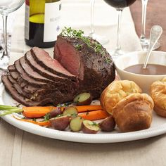 Peppercorn Roast Beef with Herbed Yorkshire Puddings From Better Homes and Gardens, ideas and improvement projects for your home and garden plus recipes and entertaining ideas. Roast Beef Recipes, Meat Recipes, Cooking Recipes, Recipies, Lamb Recipes, Entree Recipes, Party Recipes, Traditional Christmas Dinner Menu, Holiday Dinner