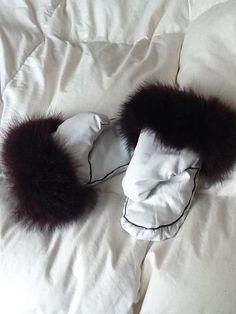 Inuit made white mitts w/ fur trim by Lavinia Qiatsuk Flaherty