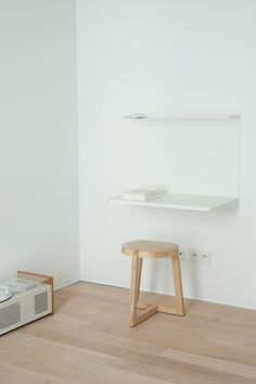"""""""A-Place"""", a minimalist holiday apartment in Warsaw - via Mur-Beton Design blog"""
