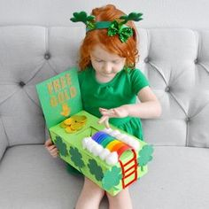 How to catch a leprechaun! Make a leprechaun trap with just a few easy items! Super fun for toddlers this St. Patrick's Day! Fill your leprechaun trap with all kind of green treats, toys, and trinkets!