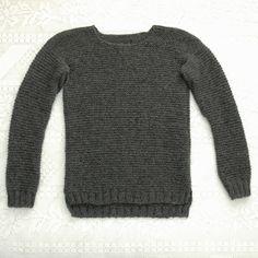 Enkel rillegenser til dame (oppskrift) | MAJAS HOBBYKROK Pullover, Sweaters, Fashion, Moda, Fashion Styles, Sweater, Fashion Illustrations, Sweatshirts, Pullover Sweaters