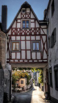 Tor by Wolfgang Staudt, via Flickr ~ Ediger, Rhineland-Palatinate, Germany