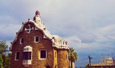 Parc Guell in Barcelona by Antoni Gaudi    Трансфер из Барселоны в Аэропорт  и Качественный трансфер, многолетний опыт работы с клиентами, Билеты на футбольные матчи   трансфер, отдых, #travel