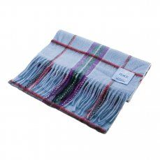 Scarf 100% Lambswool. A wonderful gift – the best scarf to keep you and your loved ones warm and cozy this winter. www.scottishcreations.com