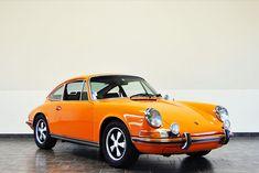 1970 Porsche 911S Coupe - Signal Orange - CPR Classic