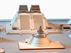 The Templo Mayor or Great Temple (called Hueteocalli by the Aztecs) dominated the central sacred precinct of the Aztec capital Tenochtitlan. Aztec Religion, Aztec City, Capital City, Aztec Architecture, Ancient Architecture, Ancient Aztecs, Ancient History, God Of War, Mexico City