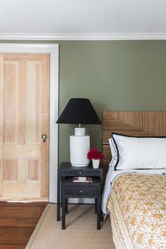 New Bedroom Black Wood Shades Ideas Olive Green Bedrooms, Olive Bedroom, Green And White Bedroom, Green Bedroom Walls, Black White Bedrooms, Bedroom Wall Colors, Bedroom Black, Wood Bedroom, Bedroom Layouts