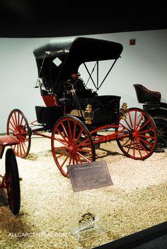 Black 112 Motor Buggy 1909