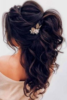 DIY Ponytail Ideas You're Totally Going to Want to Frisuren, Formal Ponytail Hairstyle; Wedding Hairstyles For Women, Wedding Hairstyles Half Up Half Down, Daily Hairstyles, Hairstyle Wedding, Bridesmaids Hairstyles, Romantic Wedding Hairstyles, Ponytail Wedding Hair, Bride Hairstyles Down, Hairstyle Ideas