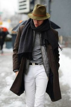 Men's Dark Brown Overcoat, Grey Quilted Bomber Jacket, Grey Crew-neck T-shirt, White Chinos Fashion Mode, Look Fashion, Winter Fashion, Fashion Styles, Street Fashion, Fashion Updates, Fashion Ideas, Fashion 2016, Fashion Trends