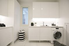 Bad Inspiration, Bathroom Inspiration, Laundry Closet, Laundry Room, Utility Cupboard, Laundry Decor, Marimekko, Mudroom, Kitchen Storage