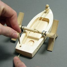Leonardo Paddleboat | The Eli Whitney Museum and Workshop