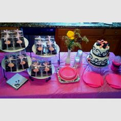 Cake and cupcakes I made for a sweet 16 party