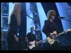 Don't Bring Me Down  -  Electric Light Orchestra.....Live and so awesome!!!