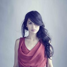 Elodie Yung - an actress I've never heard of, but mesmerised by her hair.