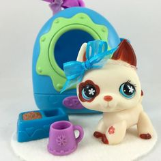 Littlest Pet Shop Cream & Brown German Shepherd #544 w/Carrier & Accessories #Hasbro