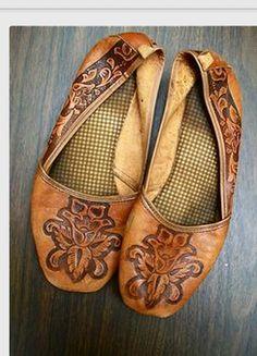 leather burned design on flat shoes (DIY)