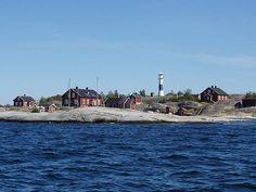 Huvudskar Lighthouse in Sweden