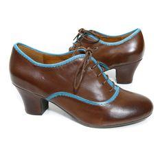 Miz Mooz 'Triumph' Heel (Brown)