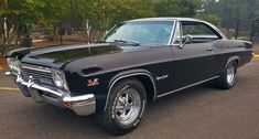 Classy Cars, Sexy Cars, Cool Sports Cars, Sport Cars, 1966 Chevy Impala, Classic Cars British, Classic Trucks, Old Vintage Cars, Pretty Cars