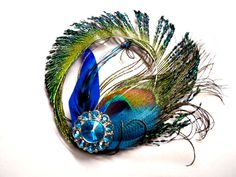 What a gorgeous peacock fascinator!