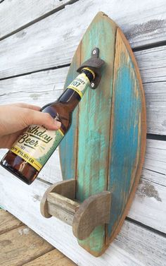 Surfboard Wood Bottle Opener with Fin Cap Catcher Rustic Reclaimed Wood Kitchen Tiki Bar Decor, Custom Color Options Surf Board Holz Flaschenöffner mit Fin Cap von EcoArtWoodDesign Reclaimed Wood Kitchen, Reclaimed Wood Projects, Diy Wood Projects, Wood Crafts, Outdoor Wood Projects, Diy Crafts, Sewing Projects, Into The Woods, Beach Cottage Style