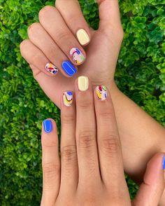 Shellac Nails Fall, Nail Manicure, Funky Nail Art, Nails Now, Chic Nails, Minimalist Nails, Oval Nails, Gel Nail Designs, Accent Nails