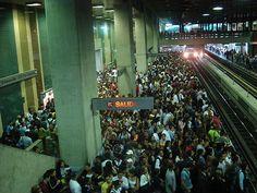 Metro de Caracas Estación Plaza Venezuela.
