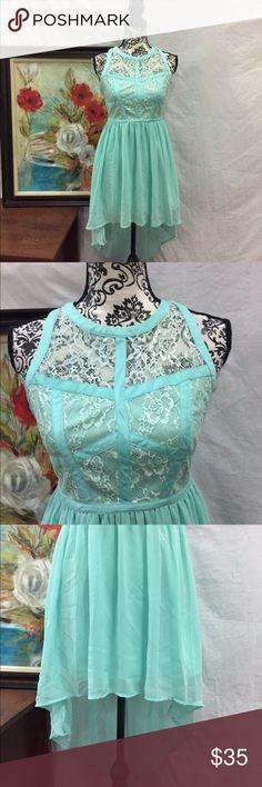 Mint Lace Asymmetrical Chiffon Dress Mint green. High low Hem. Lined. Lace details. Size medium. By love culture. Love Culture Dresses Asymmetrical