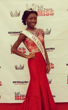 USA National Jr. Teen 2014 Evening Gown: HIT or MISS? http://thepageantplanet.com/usa-national-jr-teen-2014-evening-gown/