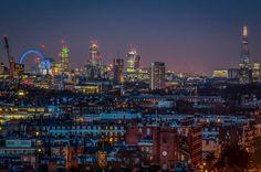London, the best pictures of London op Flipboard London Skyline, Seattle Skyline, New York Skyline, London Pictures, London Photos, Cool Pictures, Beautiful Pictures, City Lights, Beautiful World