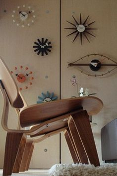 Joel Pirela's Nelson clock collection - use any salvaged clocks that grab your attention.