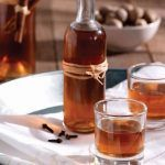 Amateur Cook Professional Eater - Greek recipes cooked again and again: Homemade liqueur with mandarines Homemade Alcohol, Homemade Liquor, Homemade Gifts, Ukrainian Recipes, Russian Recipes, English Food, Spiced Apples, Greek Recipes, Saveur