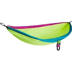 ENO DoubleNest Hammock. Want this so bad. Tomato/khaki colored please. Mmm.