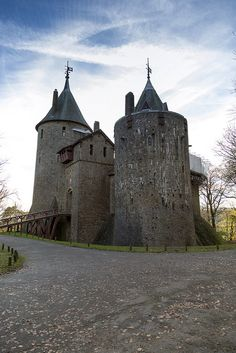 Castell Coch, Tongwynlais, Cardiff, Wales, UK - Flickr - Photo Sharing!