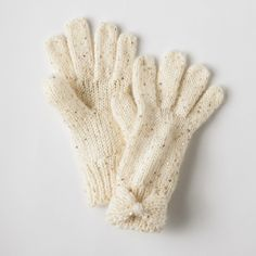 lc lauren conrad bow wrist gloves (proceeds go toward the fight against breast cancer).