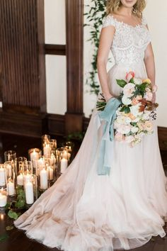 WEDDING DRESSE: LAUR