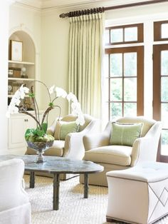 Seating arrangment and love the orchid